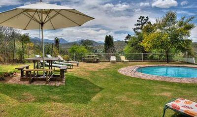 Garden Route Familienreise - Berluda Farmhouse & Cottages Pool