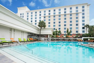 Florida Rundreise mit Kindern - Orlando Holiday Inn - Pool