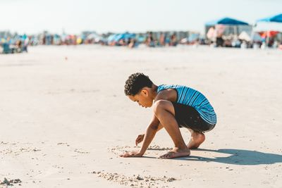 Florida Familienreise - Florida for family - Sarasota Junge am Strand