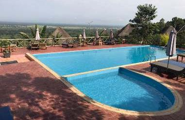 Uganda Familienurlaub - Uganda Family & Teens - Park View Lodge Pool